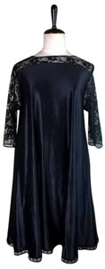 Lisa Nieves Lace Stretch Casual Evening Dress