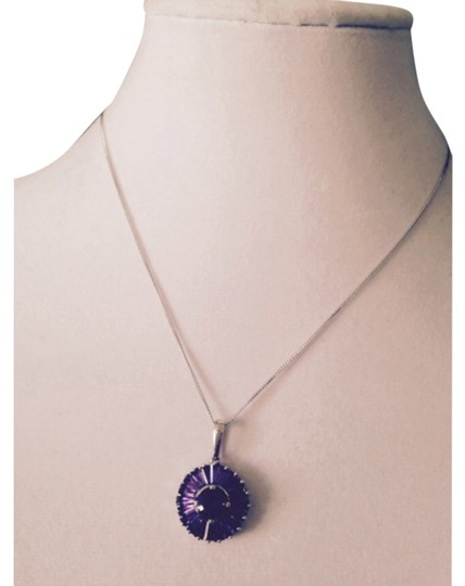 Preload https://item1.tradesy.com/images/purplesilver-necklace-5884420-0-0.jpg?width=440&height=440