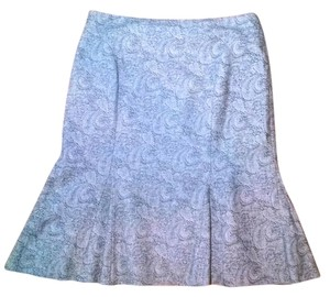 White House | Black Market 6 Knee Length Skirt gray