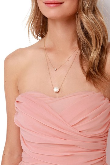 Lulu*s Peach Chiffon Royal Engagement Strapless Traditional Bridesmaid/Mob Dress Size 8 (M) Image 4