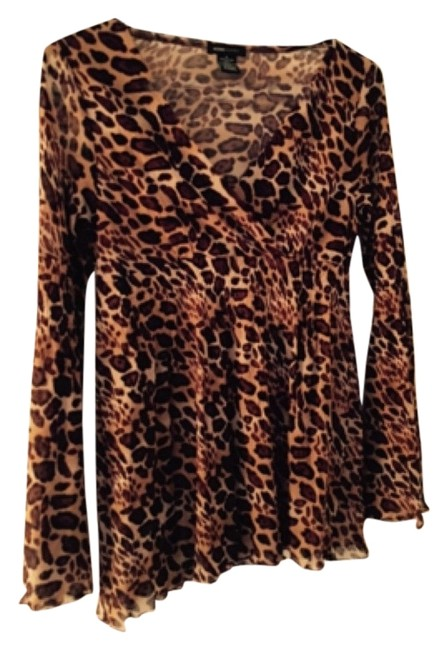 Preload https://img-static.tradesy.com/item/5885161/bcbgmaxazria-animal-print-86297-night-out-top-size-8-m-0-0-650-650.jpg