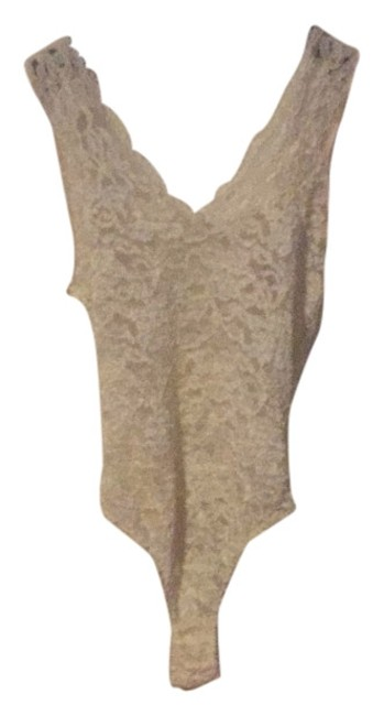 Preload https://item2.tradesy.com/images/victoria-s-secret-ivory-bodysuit-tank-topcami-size-4-s-5886211-0-0.jpg?width=400&height=650