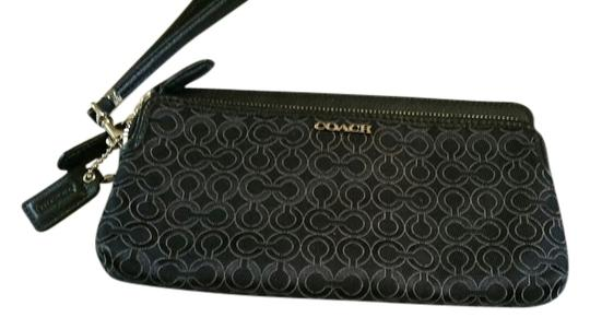 Coach COACH DOUBLE ZIPPER WRISTLET
