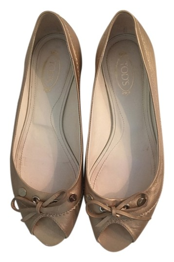 Tod's Champagne gold Flats