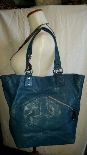 Michael Kors Tote in Aquamarine Blue