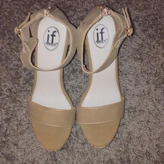 Carrini Tan Wedges Image 2