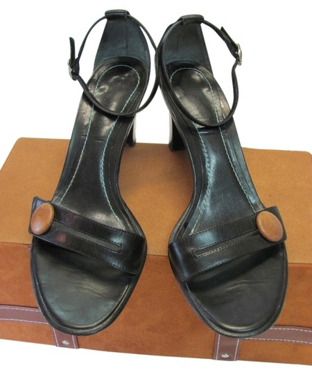 Preload https://img-static.tradesy.com/item/5891500/ann-taylor-black-good-condition-leather-m-sandals-size-us-7-regular-m-b-0-0-540-540.jpg