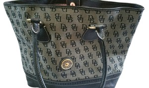 Dooney & Bourke Tote in Black and Cream