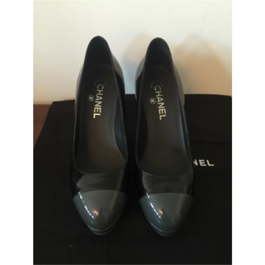 Chanel Black and grey Pumps