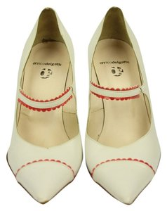 enrico del gatto white/ red trim Pumps