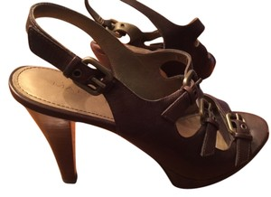 Marc Fisher Leather Platform Strappy Buckles Brown Sandals