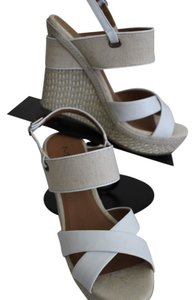 Mia Shoes Leather Canvas Tan/White Wedges