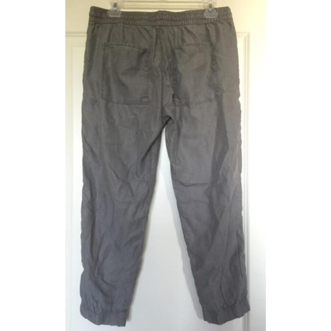 Gap Capri/Cropped Pants Gray