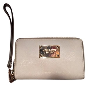 Michael Kors Wristlet in White