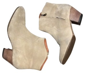 Isabel Marant Suede Dicker light taupe Boots