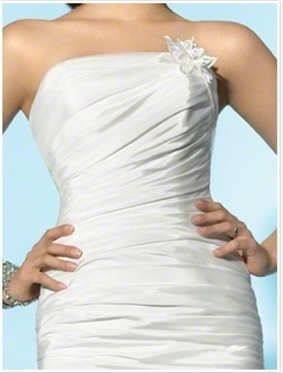 Alfred Angelo 2158 Wedding Dress
