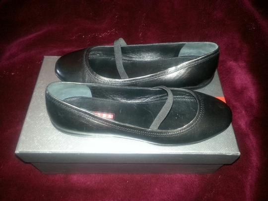 Prada Linea Ballet Leather 7.5 Maryjane Maryjanes Black Flats