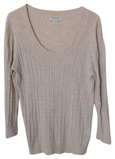 Preload https://item2.tradesy.com/images/banana-republic-cream-scoop-neck-sweaterpullover-size-10-m-5913181-0-0.jpg?width=400&height=650