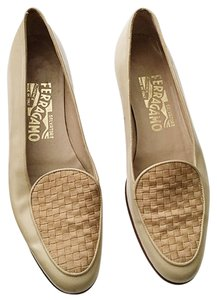 Salvatore Ferragamo Vintage Leather Taupe Flats