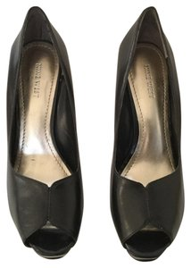 Nine West Black leather and patent leather combo Pumps