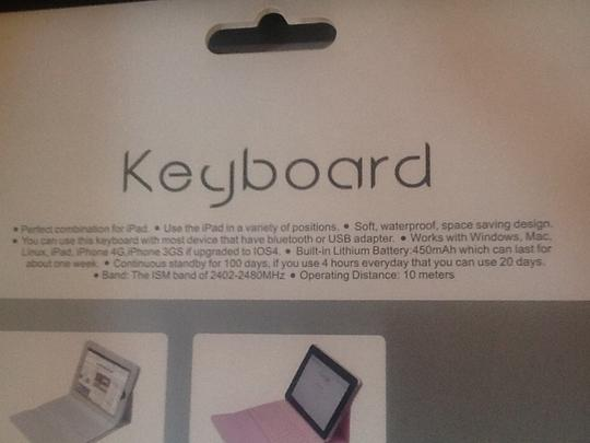 Keyboard Bluetooth Enabled Wireless Leather iPad case with built in Keyboard