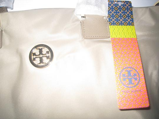 Tory Burch Tote in Light Brown
