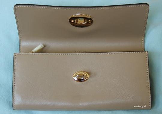 Coach Smooth Leather Turnlock Slim Envelope Continental Wallet Stone 53663