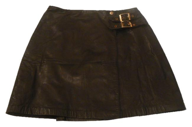 Preload https://img-static.tradesy.com/item/5918953/boutique-europa-black-leather-buckle-wrap-miniskirt-size-10-m-31-0-0-650-650.jpg