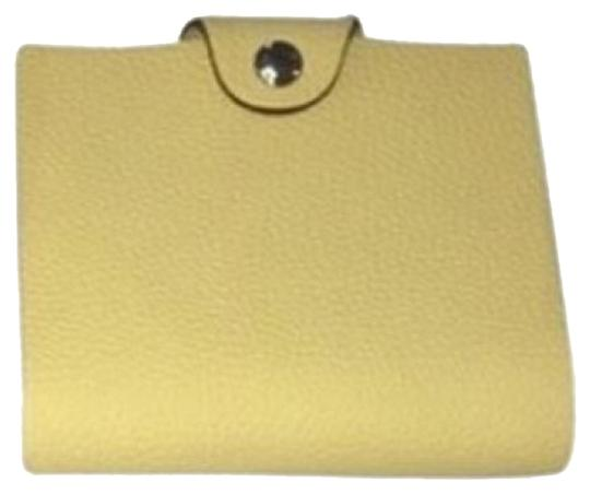Preload https://item3.tradesy.com/images/hermes-yellowish-green-ulysse-ruby-leather-notebook-5919187-0-2.jpg?width=440&height=440