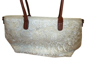 JustFab Tote in Ivory