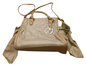 Juicy Couture Satchel in Cream