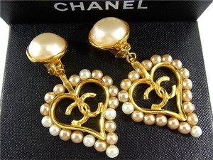 Chanel Auth CHANEL CC Goldtone Faux Pearl Earrings Clip-on Vintage F/S 7190eRN