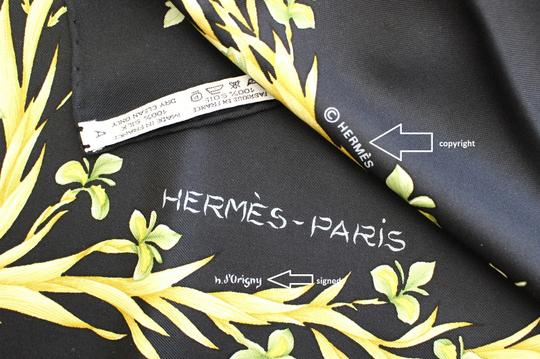 Hermès AUTHENTIC HERMES PARIS SCARF