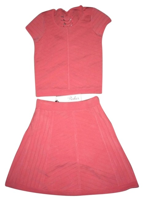 Preload https://img-static.tradesy.com/item/5922670/parker-coral-skirt-night-out-top-size-0-xs-0-0-650-650.jpg