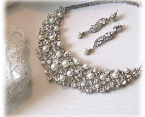 Allure Bridals Light Ivory Bracelet Earrings and Necklace Jewelry Set