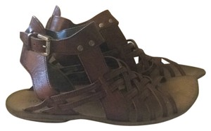 Boutique 9 Brown Sandals
