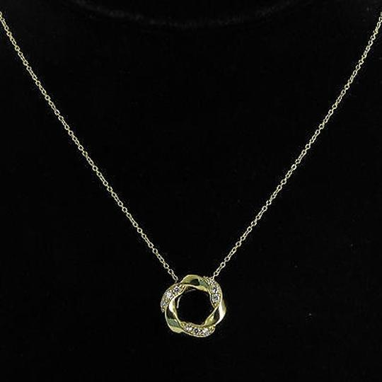 Preload https://item3.tradesy.com/images/hearts-on-fire-hearts-on-fire-atlantico-circle-diamond-026cts-pendant-necklace-5932417-0-0.jpg?width=440&height=440