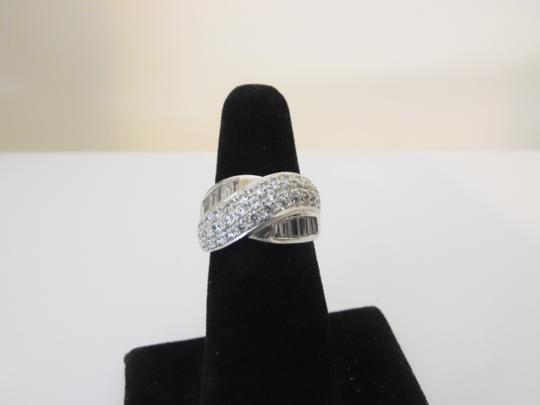 Victoria Wieck Victoria Wieck Pave and Baguette Band Ring Size 7