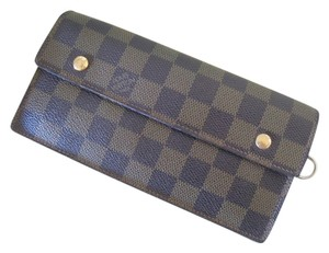 Louis Vuitton Rare Long Dual Unisex Snap Checkbook Wallet W/ Lots Pockets Credit Card Plus D-ring For Strap / Chain As A Writstlet / Damier Wallet Clutch