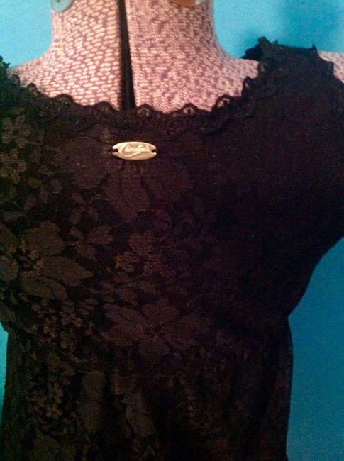 Candie's Lace Lined Floral Tunic