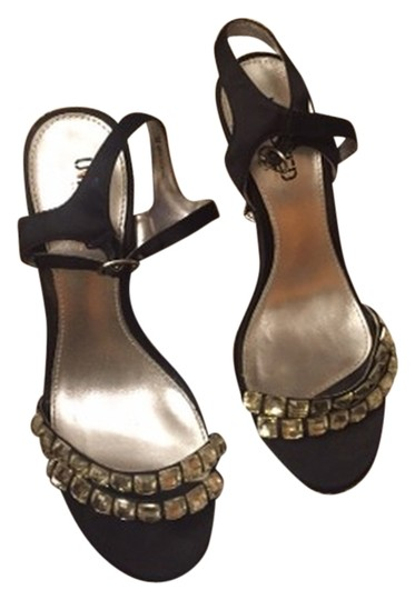 Preload https://item5.tradesy.com/images/unlisted-by-kenneth-cole-sandals-5937184-0-0.jpg?width=440&height=440