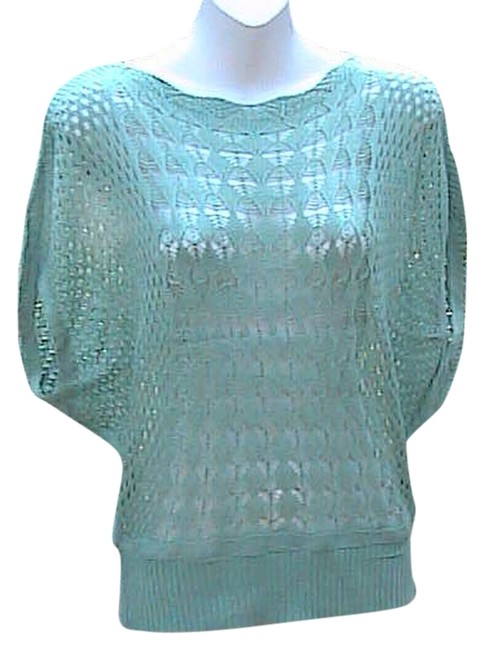 Preload https://item5.tradesy.com/images/light-green-wo-tag-summer-crochet-sweaterpullover-size-os-one-size-5938174-0-0.jpg?width=400&height=650