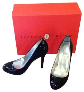 Ivanka Trump Trump Ivanka Leather Black Pumps