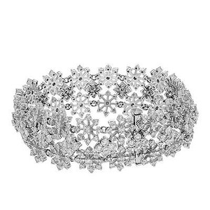 14k White Gold 8.61 Cttw Diamonds Wide Snowflakes Womens Bracelet
