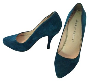 Audrey Brooke Suede Pump Turquoise/Blue Pumps