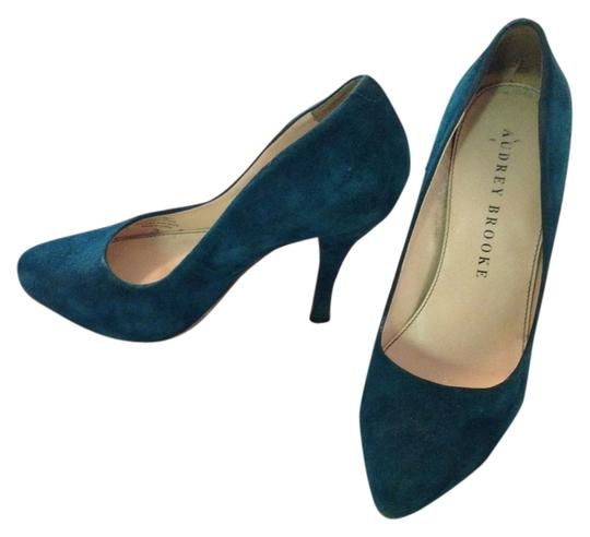 Preload https://item1.tradesy.com/images/audrey-brooke-turquoiseblue-suede-pumps-size-us-7-regular-m-b-5942290-0-1.jpg?width=440&height=440