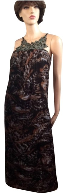 Preload https://item1.tradesy.com/images/romeo-and-juliet-couture-brown-leopard-beaded-long-casual-maxi-dress-size-8-m-5944045-0-0.jpg?width=400&height=650