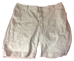 Lee Bermuda Shorts Tan