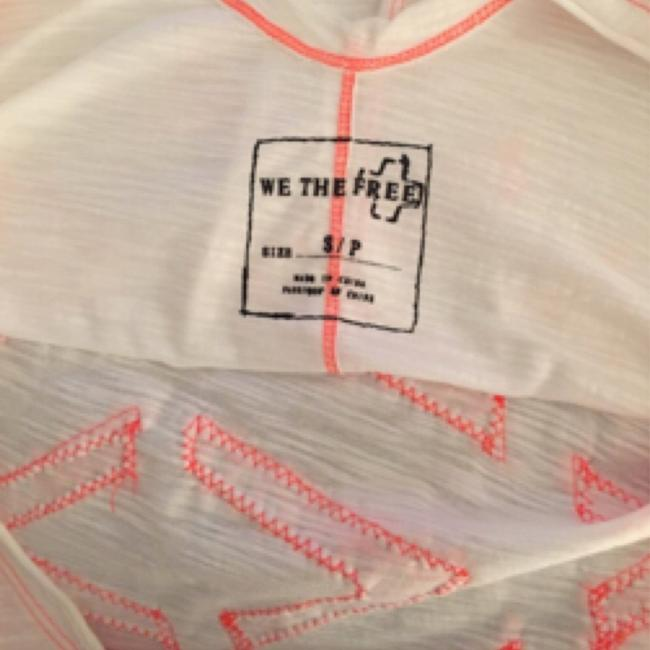Free People Top White/neon pink