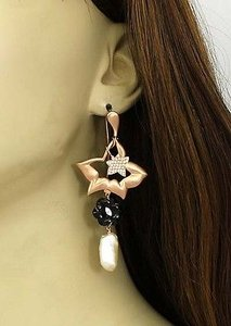 18kt Rose Gold Diamond Onyx Freshwater Pearl Drop Dangle Floral Earrings